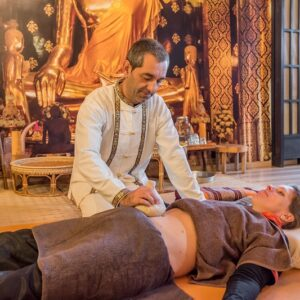 Abdominal Therapy Massage during theAdvanced Nuad Thai Massage Program